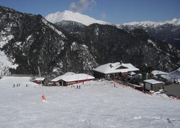 The bottom of Arinsal ski area