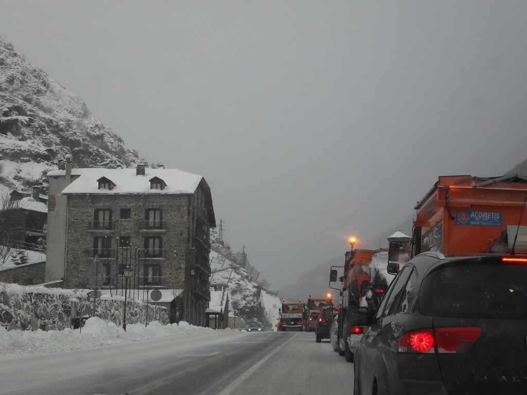 Snowploughs in the traffic