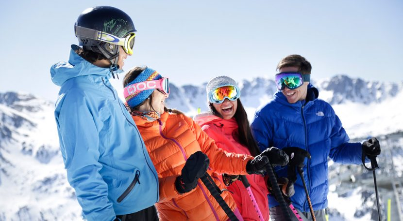 Skier friends