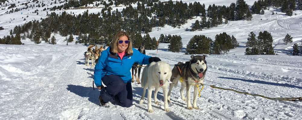 Team with Alaskan dogs