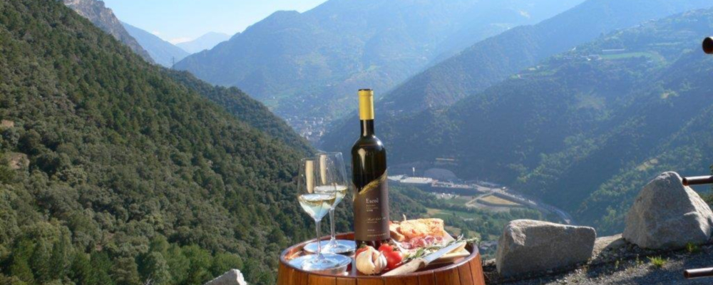 Wine and glasses on the mountainside